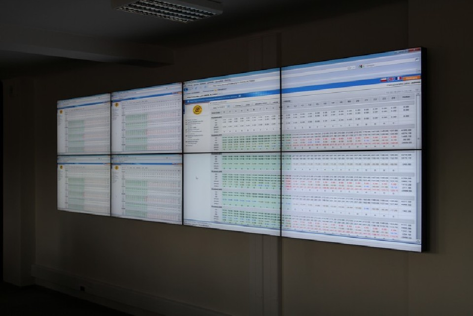 Wyposażenie pomieszczenia Trade Room dla Elektrowni Kozienice